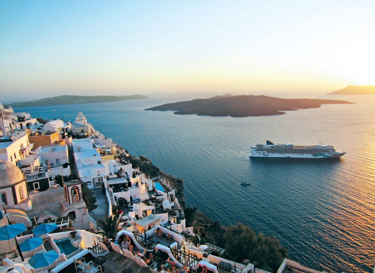 Norwegian Cruise Line Santorini